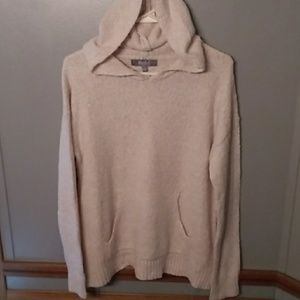 Marled cream hooded sweater Medium